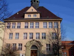 Pestalozzi Schule - Lyzeum